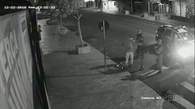 Guardas Municipais são exonerados por abordagem violenta - Eles agrediram um homem suspeito no fim do ano passado.
