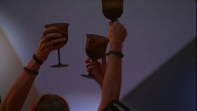 Paula, Hariany e Isabella brindam na Festa A Todo Vapor - Sisters brindam