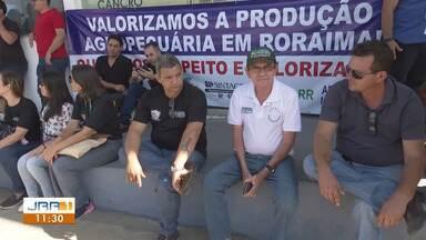 Servidores da Aderr paralisam atividades por atraso no PCCR e reajuste salarial - Todas as unidades de atendimento estão fechadas no estado.