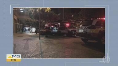 Homem é morto após briga no Centro de Belo Horizonte - PM informou que houve uma confusão generalizada e que, segundo testemunhas, a vítima foi encontrada desacordada, e que ela teria batido com a cabeça no chão.