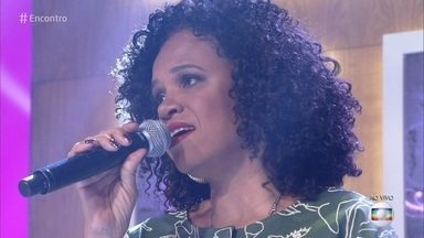 Tereza Cristina canta 'Acalanto' - Cantora se apresenta com uma banda só de mulheres