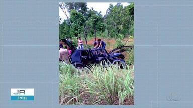 Acidente deixa uma mulher morta e dois homens feridos em rodovia - Acidente deixa uma mulher morta e dois homens feridos em rodovia