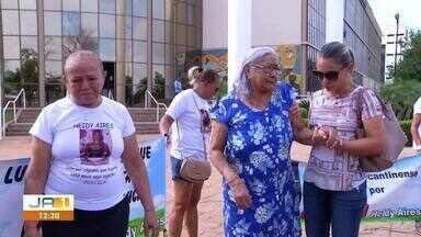 Família protesta após julgamento do caso Heidy ser adiado para junho - Família protesta após julgamento do caso Heidy ser adiado para junho