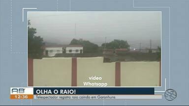 Morador registra momento em que raio cai em Garanhuns - Garanhuns tem previsão de chuva para a tarde desta quinta-feira (14), segundo a APAC.