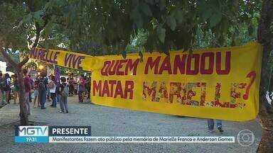 Ato público em BH relembra circunstâncias da morte de Marielle Franco e Anderson Gomes - Nesta quinta-feira (14) completa um ano que a vereadora do Psol-RJ e o motorista dela Anderson Gomes foram executados na capital fluminense.