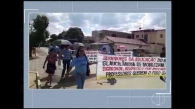 Professores municipais de Glaucilândia fazem manifestação nas ruas da cidade - Profissionais pedem definição de piso salarial e reajustes.