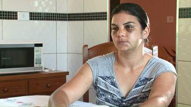 Mulher é agredida pelo marido e precisa ser socorrida por familiares em Alto Paraíso - Quando o irmão dela procurou a PM, o policial de plantão não atendeu a ocorrência, porque estava sozinho e não poderia abandonar o destacamento.