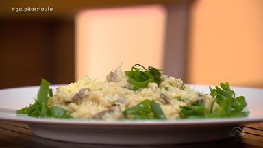 Érlon Péricles ensina receita de Risoto Campeiro no quadro Cozinha de Galpão - Assista ao vídeo.