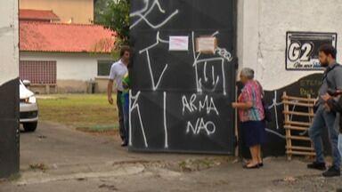 Escola Estadual Raul Brasil em Suzano retoma atividades - A Defensoria faz novo esquema de plantão de atendimentos até às 17h, na Diretoria de Ensino da Cidade.