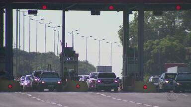 Confira como está a situação da Freeway, na BR-290, após arrecadação de pedágios - Motoristas ainda reclamam dos buracos e falta de iluminação.