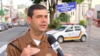 Zona Azul de São Roque volta a funcionar provisoriamente até decisão da Justiça - O sistema de estacionamento rotativo nas ruas de São Roque (SP) voltou a valer provisoriamente até uma decisão da Justiça.