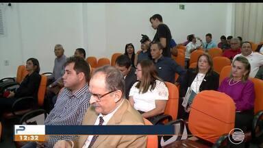 Gestores do Nordeste reclamam da falta de recursos em encontro de prefeitos - Gestores do Nordeste reclamam da falta de recursos em encontro de prefeitos