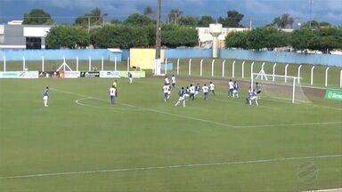 Costa Rica se classifica e derruba Urso para Série B - Costa Rica se classifica e derruba Urso para Série B