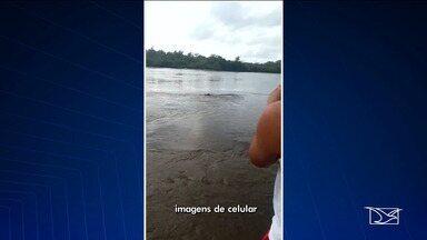 Veículo cai em rio e deixa uma pessoa morta em Axixá - Acidente aconteceu na manhã desta segunda-feira (18).O motorista do veículo morreu no local..