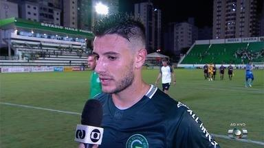 Leandro Barcia comemora gol e vitória do Goiás - Atacante marca e ajuda Verdão contra o Iporá