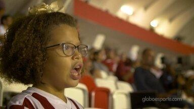 Aflitos é a casa de Ana Vitória, de 10 anos. Onde sente segurança e incontáveis emoções - Pequena diz que não consegue explicar os sentimentos que tem quando está na casa Timbu