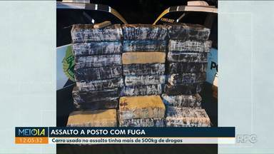 Carro usado em assalto é apreendido com mais de 500 kg de drogas - Bandidos assaltaram um posto de combustível em Rondon.