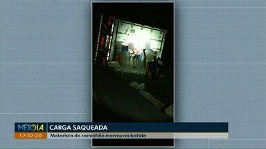 Motorista de caminhão morre em acidente na BR-277 em Nova Laranjeiras - Carga de frango foi saqueada por indígenas que moram na região.