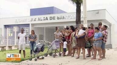 Escola recém inaugurada em Santos é alvo de reclamações - Falta de funcionários na Escola Luiz Alca de Santana, no Jardim Piratininga, prejudica calendário escolar.