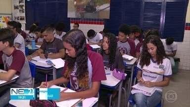 Melhora o aprendizado de português entre alunos que saem do 3º ano do ensino médio em PE - Levantamento é realizado pelo Movimento Todos pela Educação.