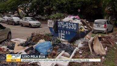 Entulho e resíduo hospitalar se espalham por quadra na Asa Sul - Região cercada por clínicas e hospitais convive com lixo espalhado pelas vias.