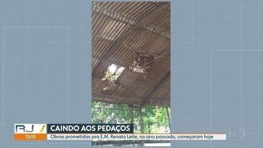 Pais de alunos da Escola Municipal Renato Leite denunciam o péssimo estado das instalações - A obra estava prometida desde o ano passado, mas só começaram hoje