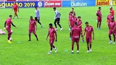 Vila Nova tem mais opções para jogo contra o Crac - Keké e Philipe Maia retornam de suspensão e Michel Douglas e Rafael Silva estão liberados pelo departamento médico. Erick é a baixa do técnico Eduardo Baptista.