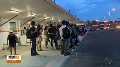 Estudantes da UFS reclamam de assaltos no transporte coletivo - Eles têm diversos relatos sobre roubos e furtos.