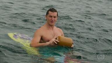 Patrick encontra potes misteriosos na praia - Madá tem uma nova visão