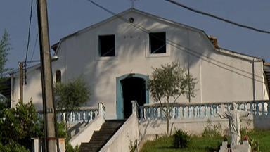 Igreja Nossa Senhora da Ajuda em Guararema passa por obras de restauração - De acordo com o Padre Valdenilson, primeiro será feito o escoramento da estrutura da igreja para então arquitetos desenvolverem o projeto.
