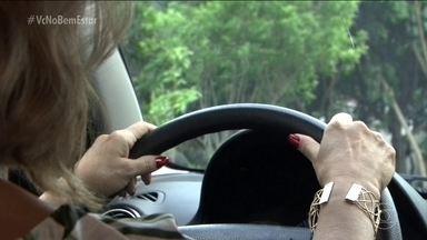 Como superar o medo de dirigir? - O medo de dirigir pode esconder outros aspectos que a gente nem imagina. Por isso, não adianta só forçar e tentar dirigir a todo custo. Às vezes, é preciso de ajuda de profissionais, de psicólogos.