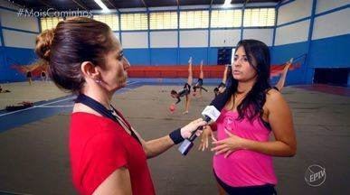 Pais de Americana (SP) apoiam projeto de Ginástica Rítmica - Depois que o projeto foi descontinuado, os pais das alunas de ginástica rítmica decidiram assumir eles mesmos para que as filhas pudessem continuar praticando o esporte. A repórter Edlaine Garcia mostra tudo!