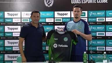 Goiás apresenta goleiro Tadeu, que se destacou no Paulistão - Jogador de 27 anos chega por empréstimo e promete lutar por vaga