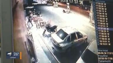 Assaltantes rendem funcionários de posto em Caxambu e levam mais de R$ 1 mil - Assaltantes rendem funcionários de posto em Caxambu e levam mais de R$ 1 mil