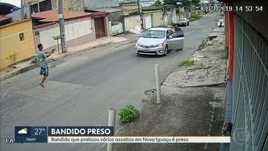 Bandido que praticou vários assaltos em Nova Iguaçu é preso - A polícia prendeu um bandido que vinha praticando vários assaltos em Nova Iguaçu. O 'saci do crime' como era conhecido pelos policiais estava fazendo um arrastão quando foi baleado e preso.