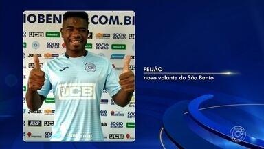 São Bento anuncia contratação do volante Feijão até abril de 2020 - O São Bento segue se reforçando para a Série B. Na sexta-feira (5), o clube anunciou mais um jogador. É o volante Feijão, de 25 anos, revelado na categoria de base do Bahia e que passou por Flamengo, Atlético Goianiense e CRB. Ele chega ao São Bento com contrato até abril do ano que vem.