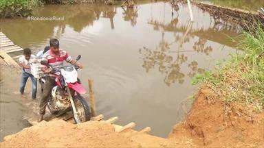 Moradores do Vale do Jamari mostram perdas com estouro da barragem - Empresa Metalmig, responsável pela área onde a barragem rompeu, disse que o problema foi causado pelo excesso de chuvas e que as barragens ativas estão em perfeito estado de conservação.