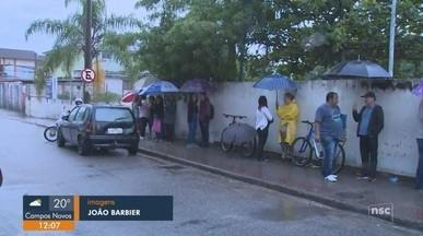 Moradores de Florianópolis têm dificuldades para se vacinar - Moradores de Florianópolis têm dificuldades para se vacinar