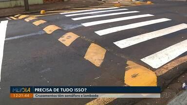 Motoristas reclamam de cruzamentos com sinaleiros e lombadas em Londrina - A CMTU disse que irá retirar as lombadas.
