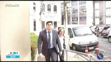 Justiça recolhe passaporte de Hélio Gueiros Neto, acusado de matar a esposa no Pará - Renata Cardim foi morta em 2015. Justiça determinou que réu vá a júri popular.