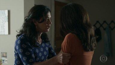 Missade se desespera ao saber que Laila está grávida - Ela passa mal e desmaia nos braços da filha