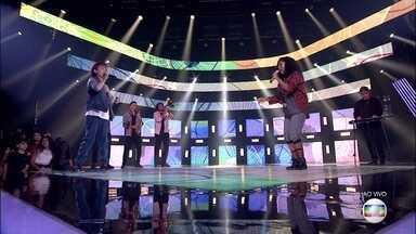 """Carol Roberto e Guilherme Mendescantam """"Zen"""" - Dupla encanta o público do The Voice Kids"""