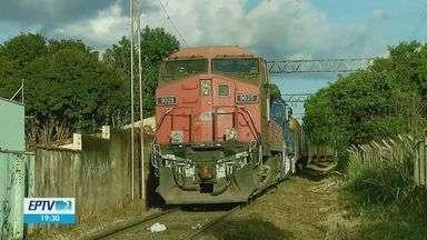 Apito alto de trens incomoda moradores e MP pede que empresa reveja barulho em São Carlos - Rumo Malha Paulista diz que segue o padrão de normas técnicas.