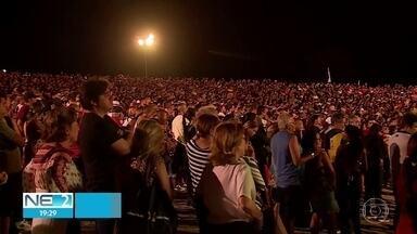 Paixão de Cristo encanta milhares de pessoas em Nova Jerusalém - Encenação é realizada pelo 52º ano consecutivo.