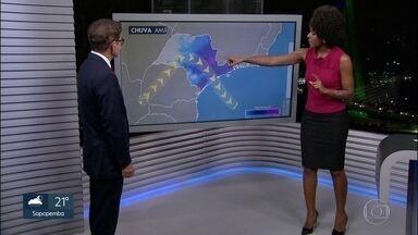 A previsão do tempo para amanhã é de chuva e de temporal na Grande São Paulo - O tempo só deve abrir no final da semana.