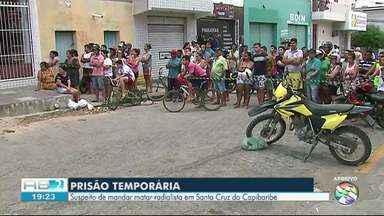 Polícia prende suspeito de mandar matar radialista em Santa Cruz do Capibaribe - Polícia também divulgou foto do suspeito para contribuir na busca.