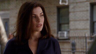 Propina - Alicia acredita ter descoberto evidência de compra de júri em um processo contra uma indústria farmacêutica. Os advogados de Peter se preparam para o julgamento.