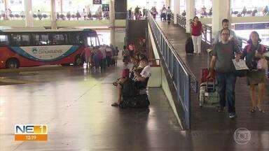 Rodoviária do Recife reforça serviço de ônibus por causa da Semana Santa - Polícia Rodoviária Federal (PRF) também intensificou ações, em parceria com Lei Seca