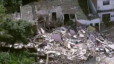 Explosão causada por vazamento de gás mata duas pessoas em Camaragibe (PE) - Avó e neto morreram na hora. Outras três pessoas da mesma família ficaram feridas.