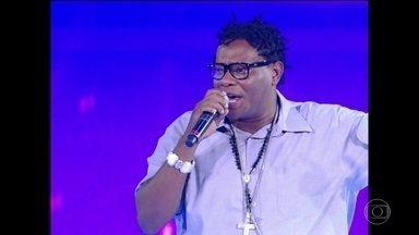 Morre, aos 40 anos, o MC Sapão - Morreu nesta sexta (19), no Rio de Janeiro, o MC Sapão. Funkeiro tinha 40 anos e estava internado com pneumonia.